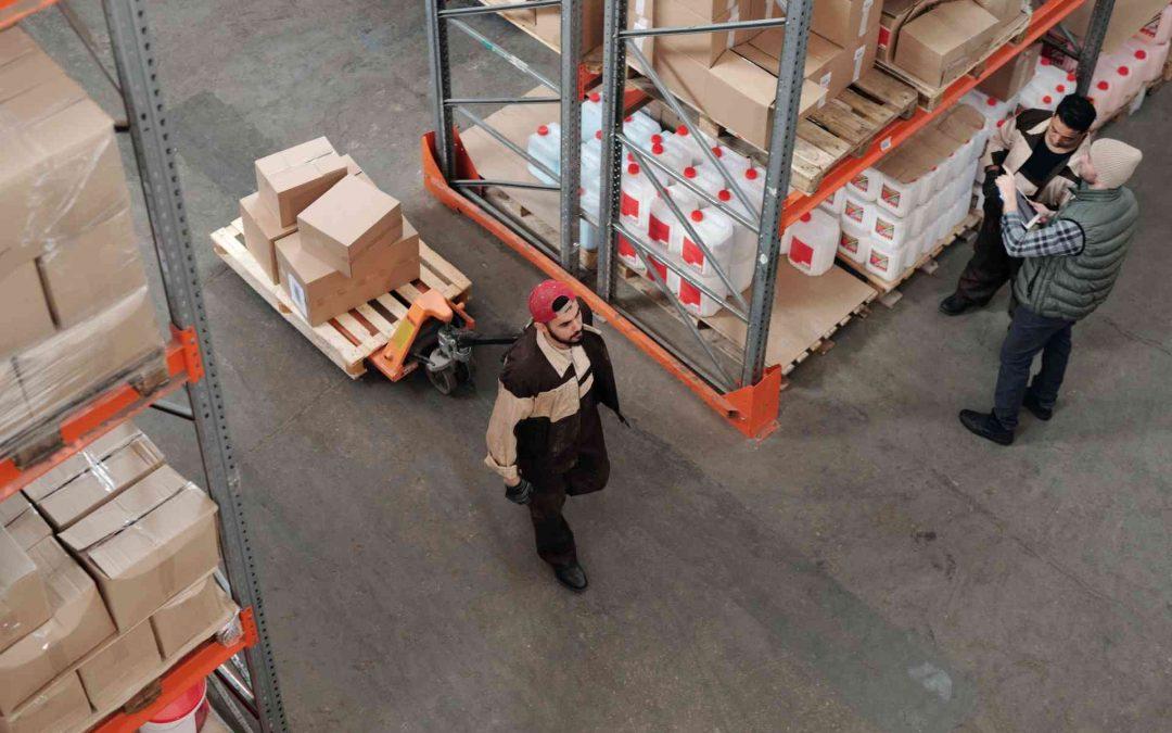Maderera Andina: Pallets de madera vs. Pallets de plástico